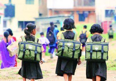 मंत्रालयानंतर सर्व शाळांमध्येही मराठी सक्ती, नवा कायदा तयार करण्याचे काम सुरु