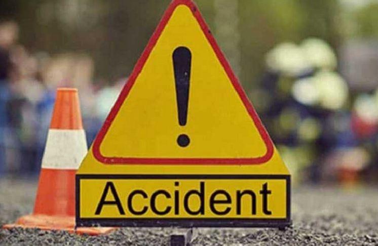दिवसभरात चार ठिकाणी अपघात, सात जणांचा मृत्यू
