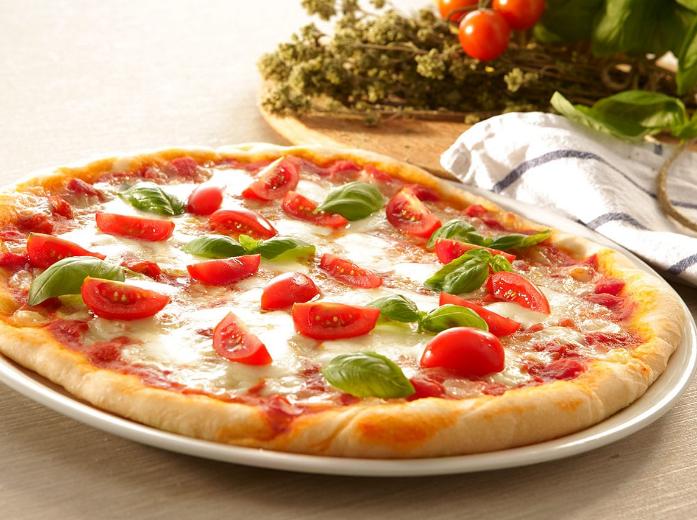 घरच्या घरी पिझ्झा बनवण्यासाठी सोप्या टिप्स