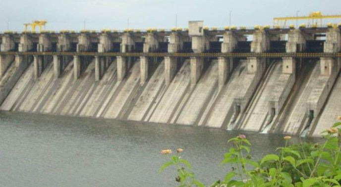 उजनीचं पाणी मराठवाड्याला देण्यास काँग्रेस आणि राष्ट्रवादीचा विरोध