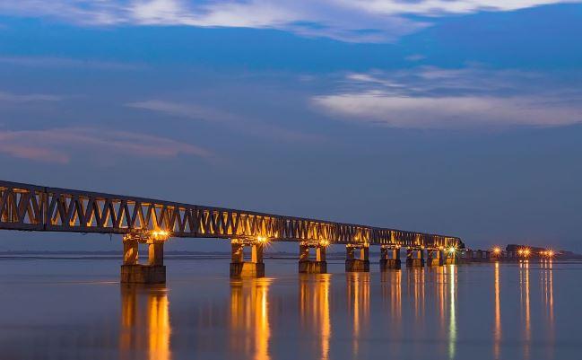 देशातील सर्वात लांब पूल, ट्रेन आणि कार एकाचवेळी धावणार