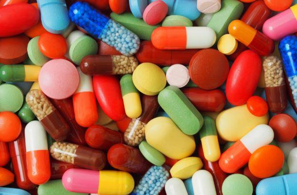 औषधांच्या ऑनलाईन विक्रीवर बंदी घालण्याचे कोर्टाचे आदेश