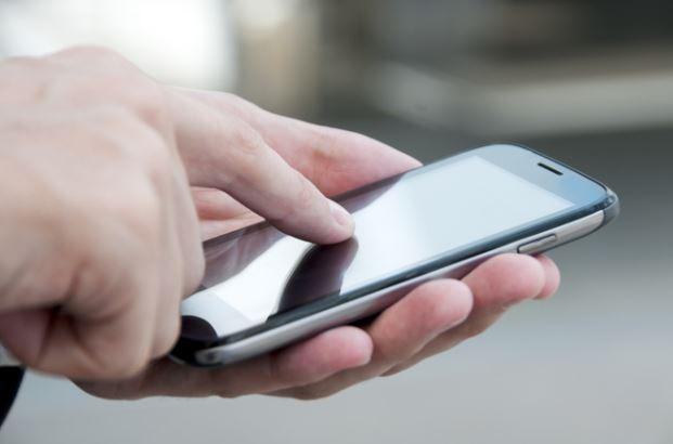 मोबाईल युजर्सच्या संख्येत 119.2 कोटींनी वाढ
