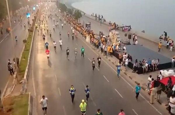 मुंबई मॅरेथॉनमध्ये 46 हजार धावपटूंचा सहभाग