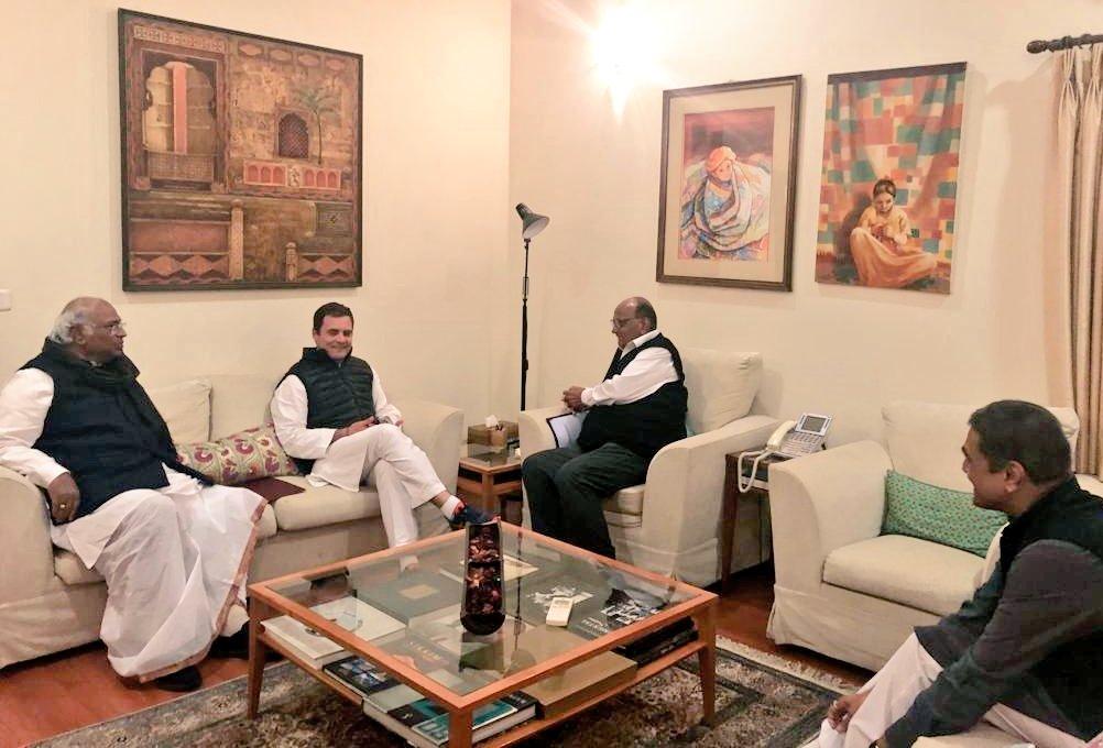 काँग्रेस-राष्ट्रवादीच्या हालचाली वाढल्या, दिल्लीत बैठकांवर बैठका