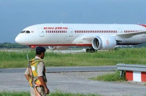 भारतीय सीमेवर हाय अलर्ट, काश्मीर,पंजाब, उत्तराखंडची विमानसेवा बंद