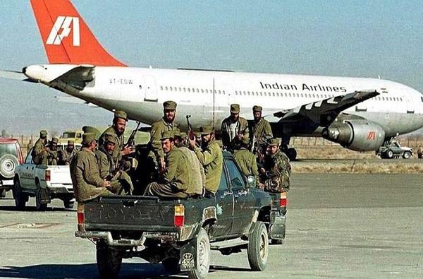 कंधार विमान अपहरण : जेव्हा भारताला मसूद अजहरला सोडावं लागलं