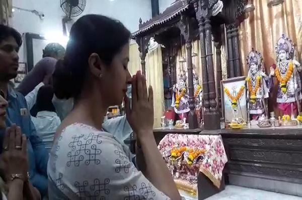मी जन्माने आणि कर्मानेही हिंदू, सेक्युलर असणं म्हणजे द्वेष करणं नाही: उर्मिला मातोंडकर