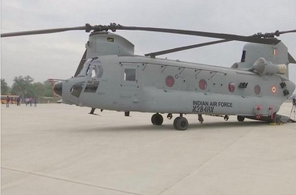 भारतीय वायूदलाची ताकद वाढली, चिनूक हेलिकॉप्टर चुणूक दाखवणार!