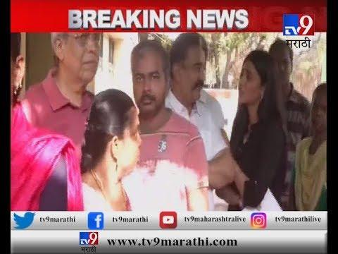चेन्नईत कमल हसन आणि श्रुतीने रांगेत उभं राहून मतदान केलं