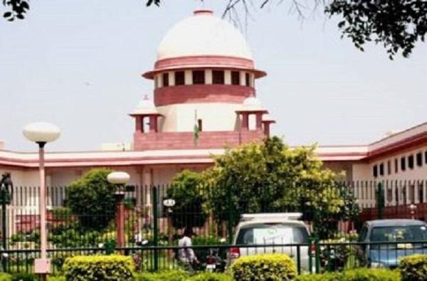मोदी सरकारच्या Article 370 हटवण्याच्या निर्णयाविरोधात सर्वोच्च न्यायालयात याचिका दाखल