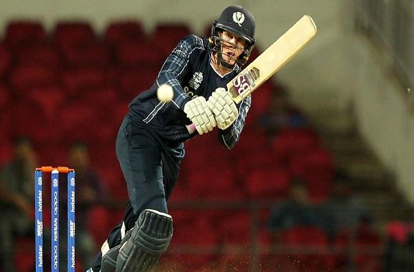 25 चेंडूत शतक, सलग सहा षटकार, मैदानात धावांचा पाऊस