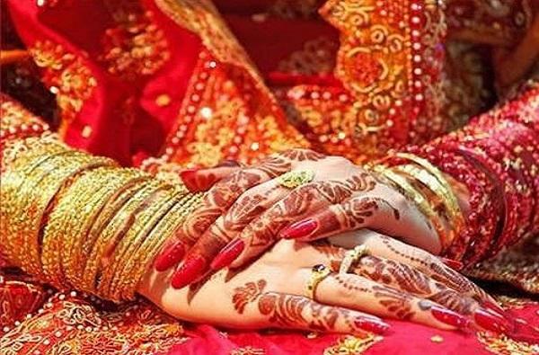 ज्याने लग्न लावलं, त्याच्यासोबत नवरी पळून गेली