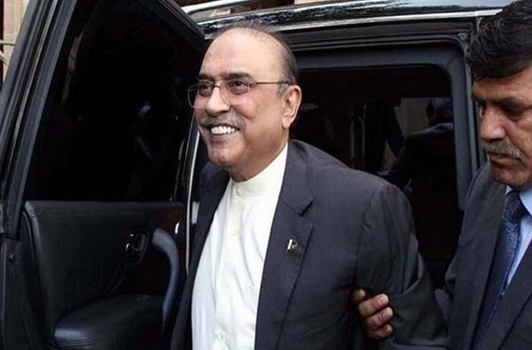 पाकिस्तानचे माजी राष्ट्रपती आसिफ अली झरदारी यांना अटक