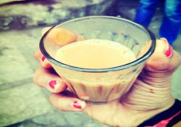 मुंबईकरांच्या खिशाला कात्री, कांदा, बटाटानंतर आता चहा महागणार!