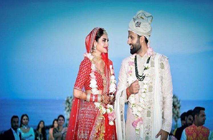 तृणमूलच्या खासदार अभिनेत्रीचं तुर्कीत हिंदू पद्धतीने लग्न