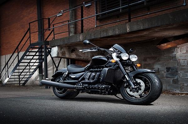 Triumph कंपनीची Rocket 3 TFC ही बाईक लाँच, किंमत तब्बल...