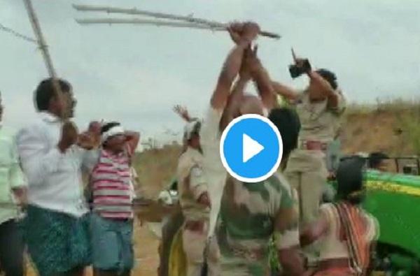 VIDEO : तेलंगणामध्ये महिला पोलिसाच्या डोक्यावर काठीने हल्ला