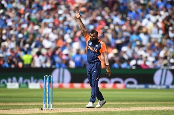 INDvsENG : मोहम्मद शमीचे 5 विकेट्स, भारताला विजयासाठी 338 धावांचे तगडं आव्हान