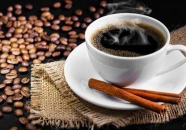 कॉफीसोबत 'हे' तेल घ्या आणि लठ्ठपणापासून सूटका मिळवा!