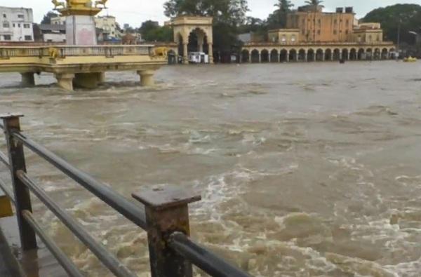 लोणावळ्यात 24 तासात 375 मिमी पाऊस, इंद्रायणी नदीचंही रौद्र रुप