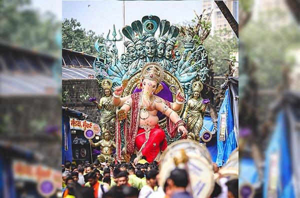 Chintamani | लालबाग पाठोपाठ चिंतामणीचीही मूर्ती नाही, मंडळाच्या देव्हाऱ्यात चांदीच्या मूर्तीची पूजा