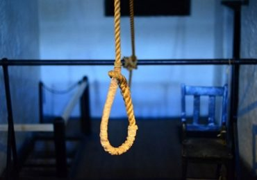 मेट्रो कर्मचाऱ्याची फेसबुक लाईव्ह करत आत्महत्या, व्हिडीओ पाहून मित्राला धक्का