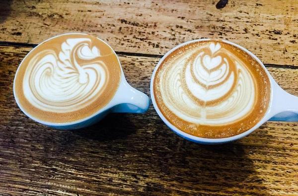तुम्हालाही उपाशी पोटी कॉफी पिण्याची सवय आहे का?