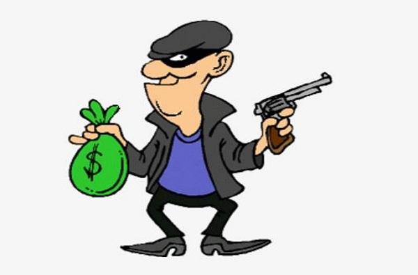 स्वतःच्याच घरात चोरी, भाडेकरुच्या दागिन्यांवर डल्ला, घरमालक अटकेत!