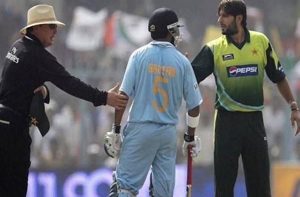 काश्मीर मुद्द्यावरुन गौतम गंभीरने शाहीद आफ्रिदीला झाडलं