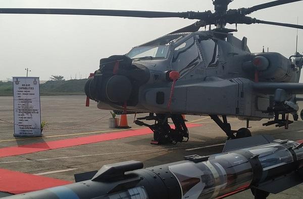 शत्रूंना रात्रंदिवस धाकात ठेवणार, जगातील सर्वात ताकदवर हेलिकॉप्टर अपाचे भारतीय वायूसेनेत दाखल