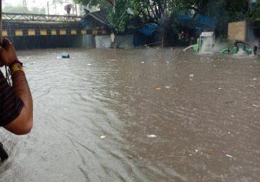 PHOTO : मुंबईसह उपनगरात मुसळधार पाऊस, सर्वत्र पाणीच पाणी