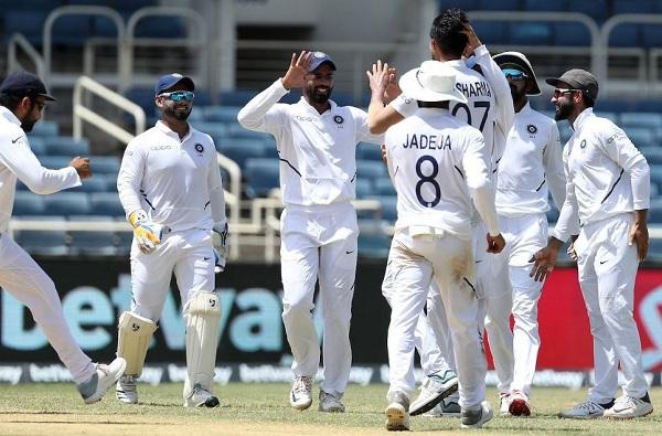 रोहित शर्मा सलामीला, द. आफ्रिकेविरुद्धच्या कसोटीसाठी भारतीय संघ जाहीर