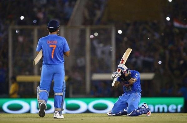 विराटचा भावूक फोटो, धोनीने क्रिकेटला अलविदा केल्याचे संकेत?