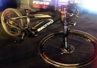 ... म्हणून या सायकलची किंमत तब्बल 135000 रुपये