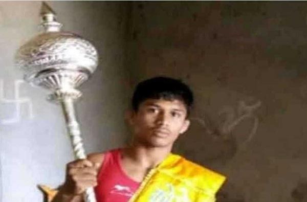 Kolhapur Wrestler Vikram More Dies