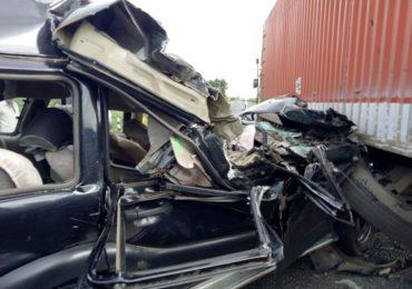 माजी केंद्रीय मंत्री हंसराज अहिर यांच्या ताफ्यातील गाडीला अपघात, पोलिस आणि सीआरपीएफ जवानाचा मृत्यू
