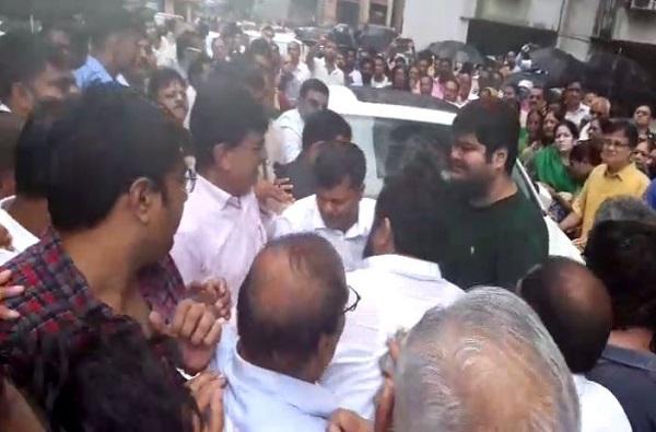 Parag Shah Car Destroyed
