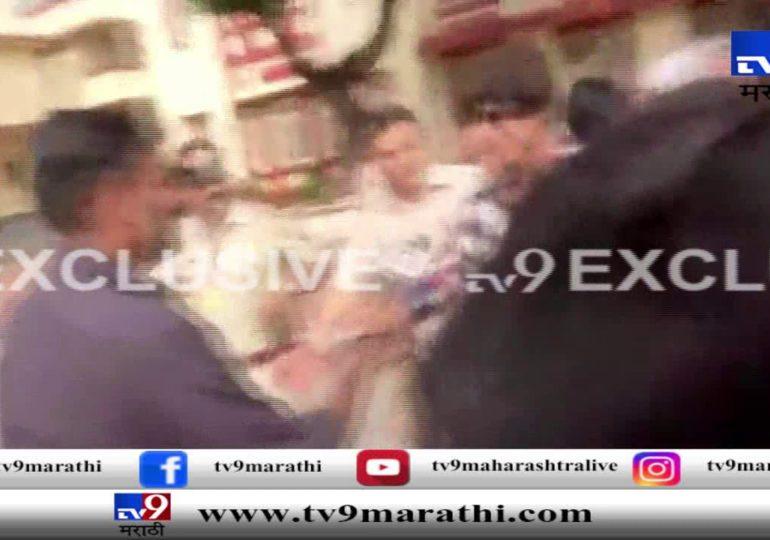 विधानसभा निवडणूक : शाहरुख खानने मतदानाचा हक्क बजावला