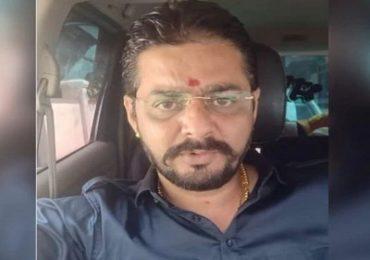 Hindustani Bhau |'हिंदुस्थानी भाऊ' विकास पाठकला मातृशोक, चाहत्यांकडून भाऊचे सांत्वन!