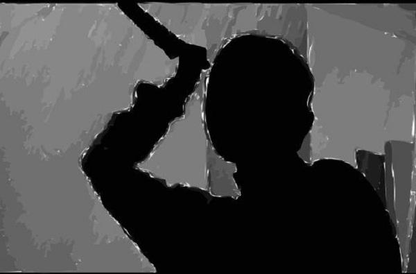 नागपुरात चिमुरडीच्या डोळ्यादेखत आईची हत्या, बापाला अटक