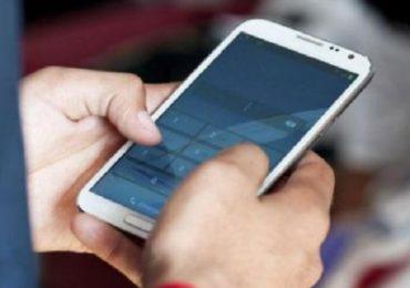 आता मोबाईलच्या किमती महागणार, जीएसटी 12 वरुन 18 टक्क्यांवर