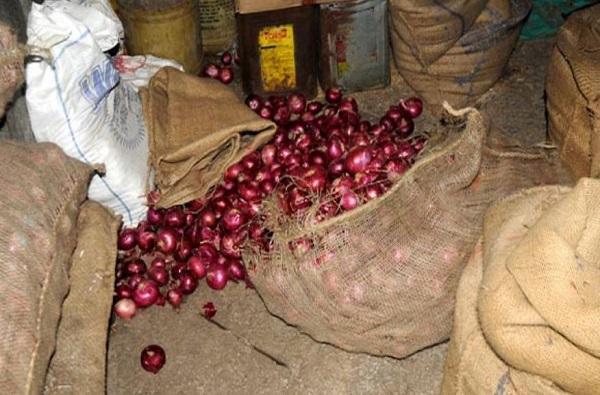 कांद्यावर दरोडेखोरांची नजर, बिहारमध्ये 51 क्विंटल कांद्याचा ट्रक लुटला