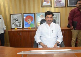 Dhananjay Munde Birthday | कोणीही शुभेच्छा देण्यासाठी येऊ नका, धनंजय मुंडेंचं कार्यकर्त्यांना आवाहन