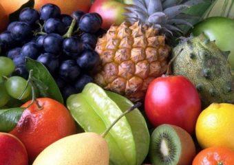 सर्वसामान्यांसाठी 'गोड' बातमी! फळांची आवक वाढल्याने किंमती घसरल्या, वाचा नवे दर