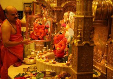 Corona Virus : मुंबईतील सिद्धिविनायक मंदिर दर्शनासाठी बंद