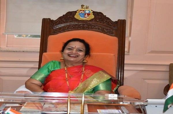 मुंबईच्या महापौरांनी भाजपचा विरोधी पक्षनेतेपदाचा दावा फेटाळला