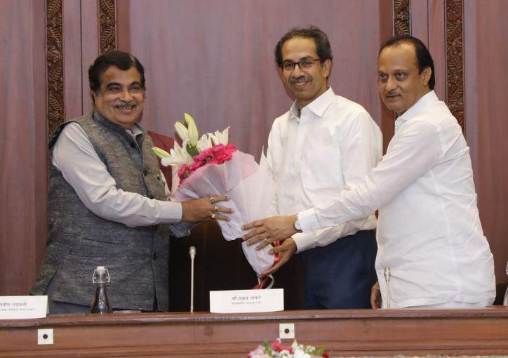 Ajit Pawar Praises Nitin Gadkari during Budget