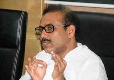 राज्यातील सर्व राजकीय आणि शासकीय कार्यक्रमांवर बंदी : राजेश टोपे