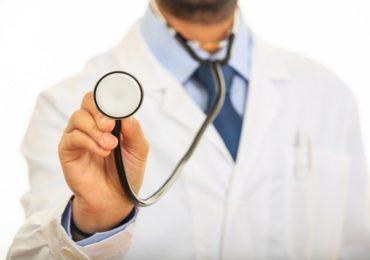 आदिवासी भागातील वैद्यकीय अधिकाऱ्यांसाठी खुशखबर, मानधनात 16 हजारांची वाढ